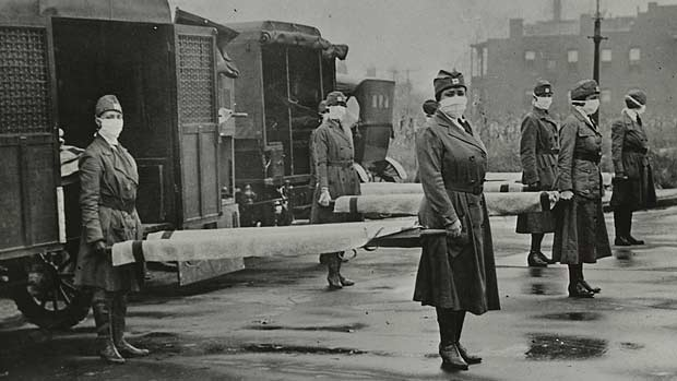 Nurses in the 1918 flu pandemic
