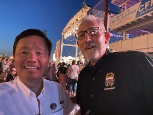A photo of President Choi with Kevin Roberts, chair of the Missouri State Fair and a MU School of Law alumnus.